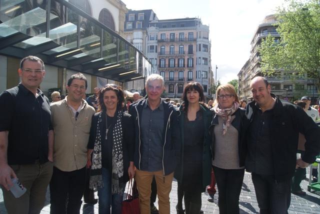 Jakoba Errekondo Euskadi Irratiko eta Argiako kideekin.