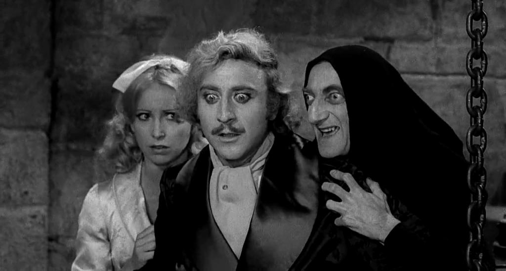 Teri-Garr-Gene-Wilder-y-Marty-Feldman-en-Young-Frankenstein