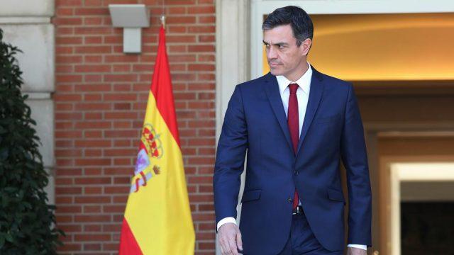 Pedro Sanchez Espainiako Gobernuko lehendakaria Moncloan.